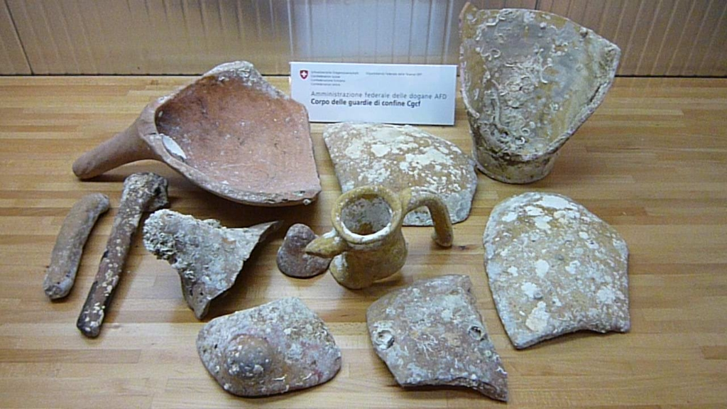 Roman amphorae from the Ionian Sea