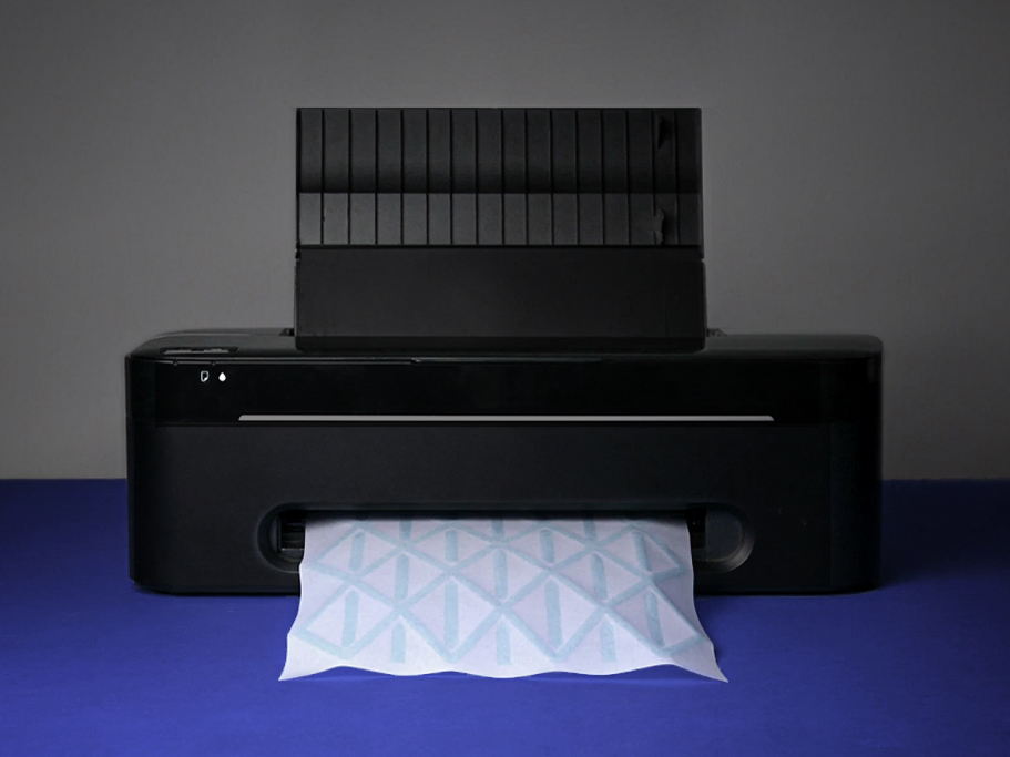 Hydro-Fold hack desktop printer by Christophe Guberan ECAL. Picture by ECAL